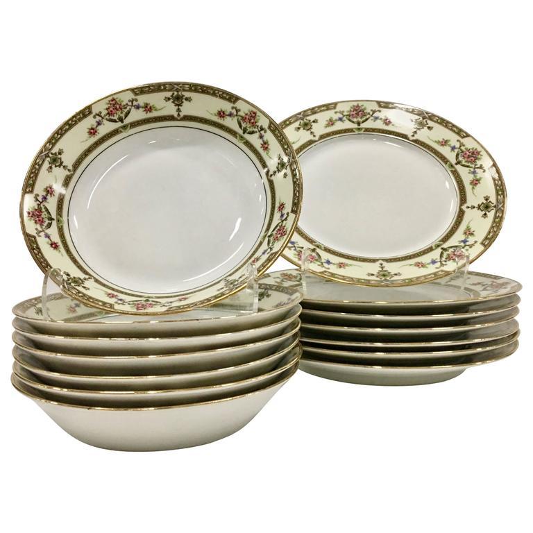 Limoges France Porcelain Dinnerware Set of 15 ...  sc 1 st  1stDibs & Limoges France Porcelain Dinnerware Set of 15 \