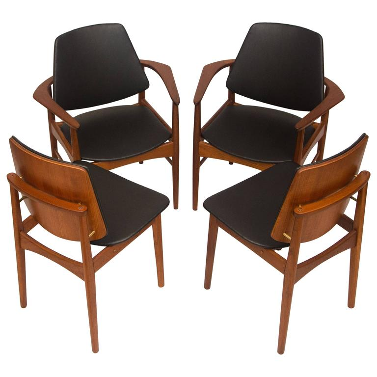 Set of Four Danish Teak Dining Chairs, Arne Hovmand-Olsen