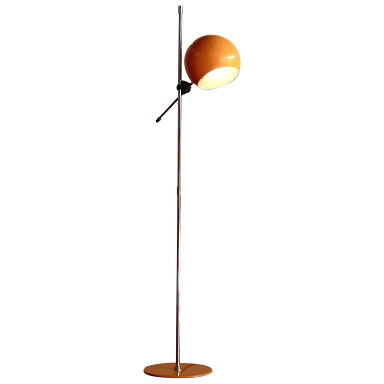 1970s beautiful yellow metal eye ball floor lamp by hemi for Macey floor lamp yellow