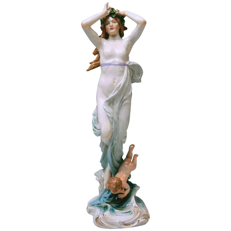 Meissen Birth of Venus Offermann Friedrich Figurine Model R 124  made 1900-1905 1