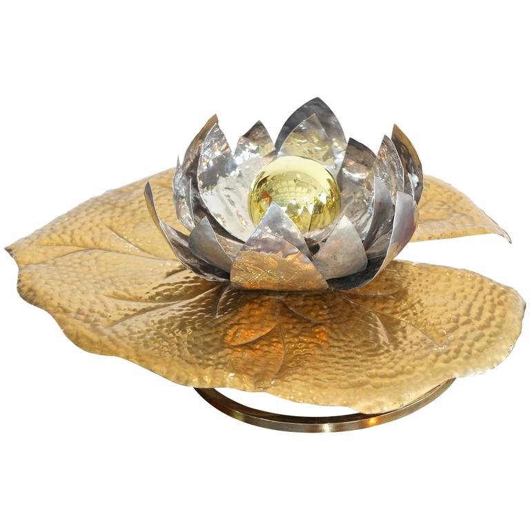 Tommaso Barbi Lilypad Table or Wall Lamp For Sale