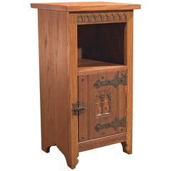 Mid-20th Century Arts & Crafts Oak Bedside Cabinet