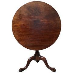 18th Century Chippendale Tilt-Top Table