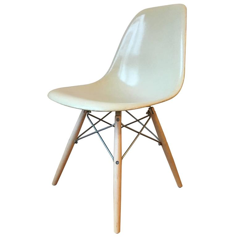 ... Oak Herman Miller Vintage Original Eames Molded Plywood DCM Dining Chair  Metal Base ...