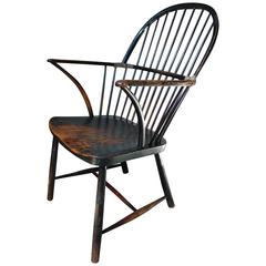 Very Good Black Painted English Bow-Back Windsor Armchair, circa 1820-1830