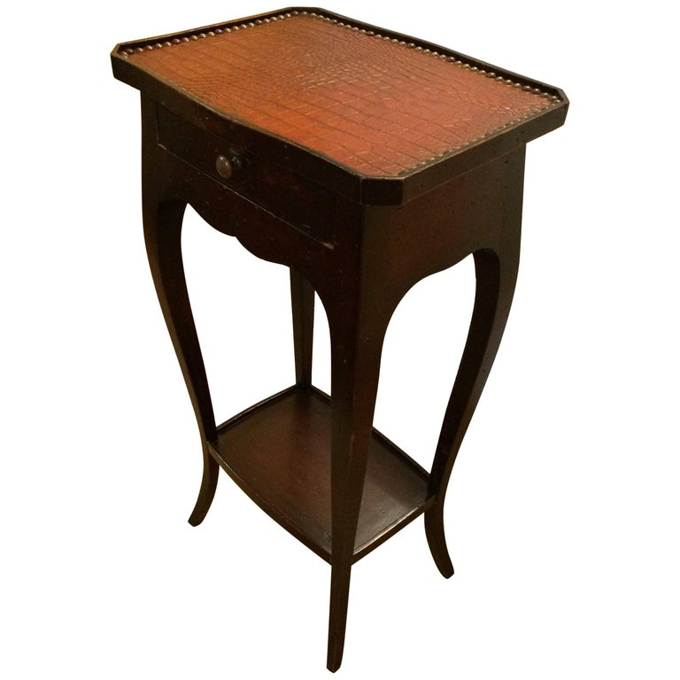 Handsome Faux Alligator and Ebonized Walnut Side Table End Table For Sale