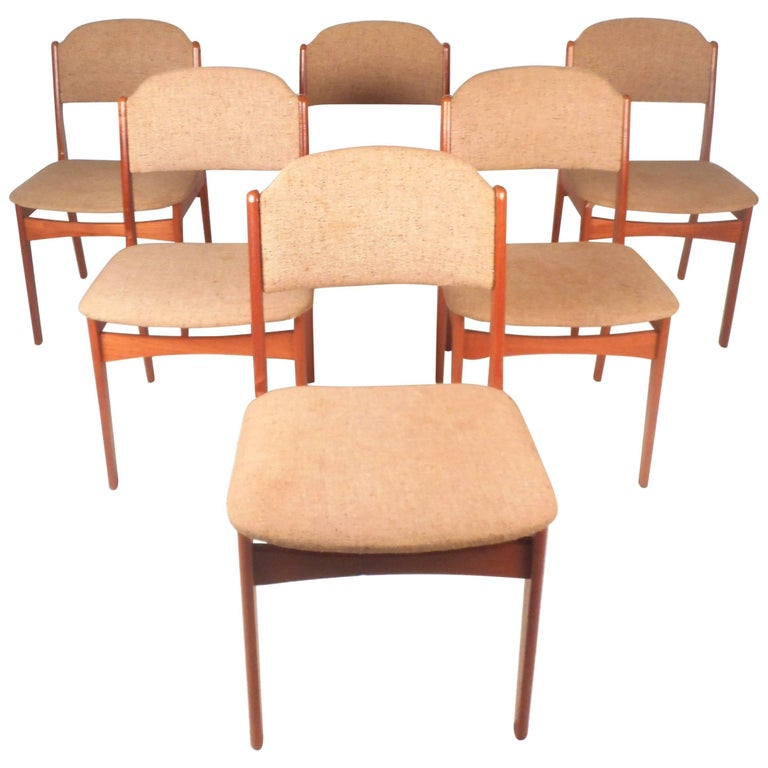 Set of Six Mid-Century Modern Danish Teak Dining Chairs For Sale
