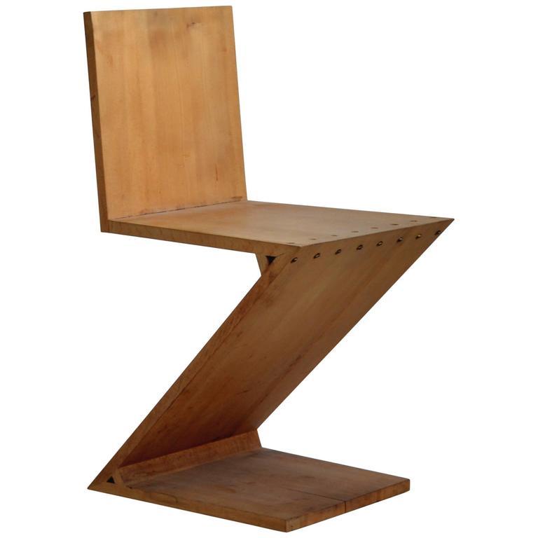 Gerrit Rietveld Riveted Wood Zig-Zag Chair, 20th Century, Danish