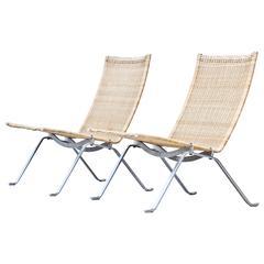PK22 chairs by Poul Kjaerholm