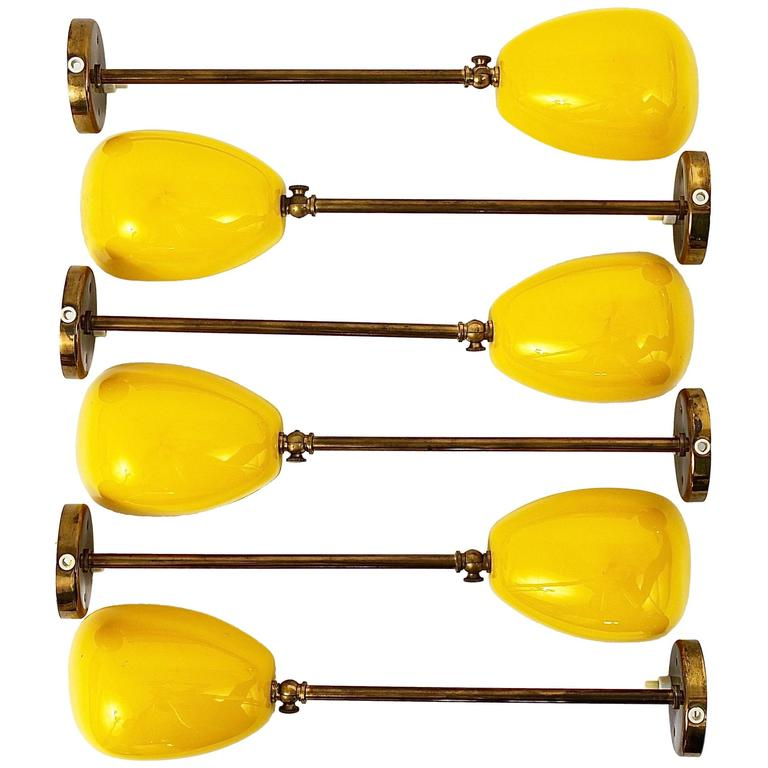 Up to 25 Identical Mid-Century Brass Sconces Wall Art Lights, Italy, 1950s