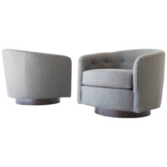 Modern Selig Lounge Chairs