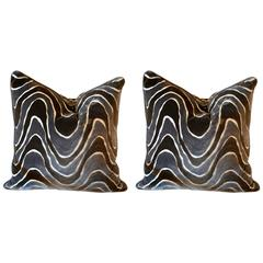 Deco Style Pair of Pillows