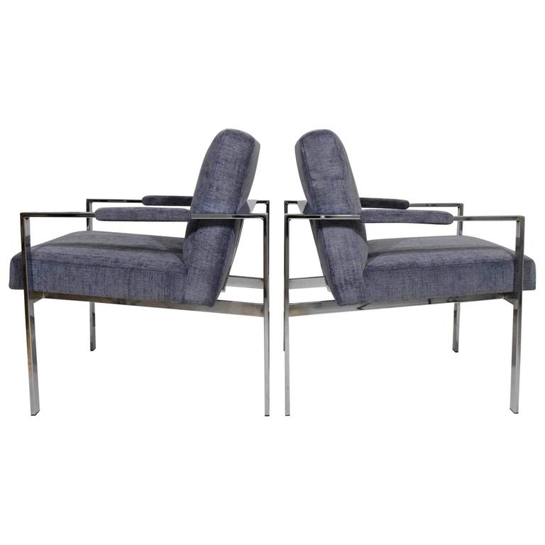 Pair of Milo Baughman Lounge Chairs in Holly Hunt Great Plains 1