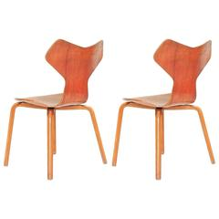 Pair of Grand Prix Chairs by Arne Jacobsen