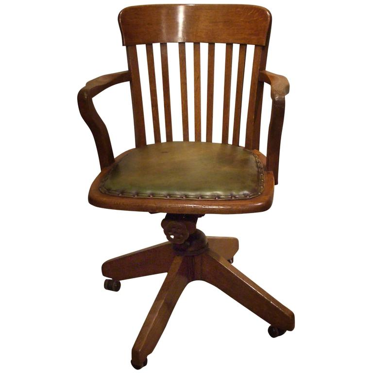 Antique Oak Office Chair in Perfect Condition For Sale - Antique Oak Office Chair In Perfect Condition At 1stdibs
