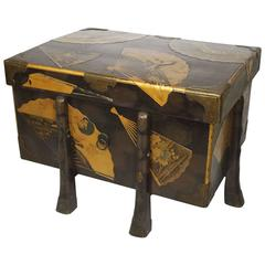 Fine Japanese Meiji Period Lacquered Karabitsu Trunk Hiramakie and Nashiji Gilt