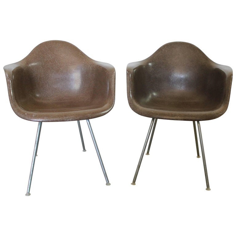 Herman Miller Eames Molded Fiberglass DAX Shell Arm Chair  H Base in Seal Brown For Sale