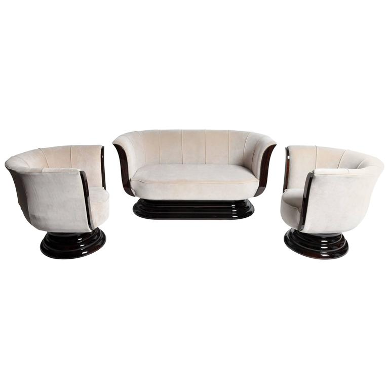 Tulip Shaped Sofa Set with Two Armchairs