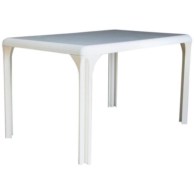 1969, Vico Magistretti For Artemide, Off White Plastic To Dissamble Table 1