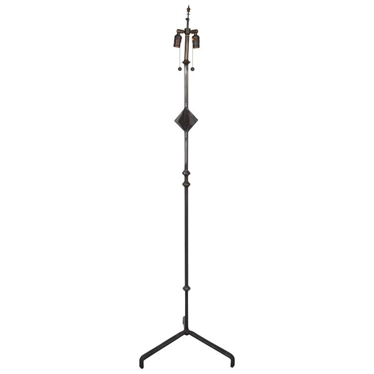 A Modern Floor Lamp after Alberto Giacometti  2