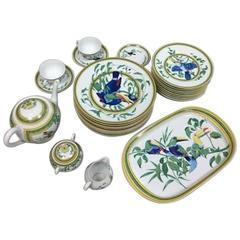 """Hermes """"Toucan"""" Porcelain Dinnerware Service 25 Pieces"""