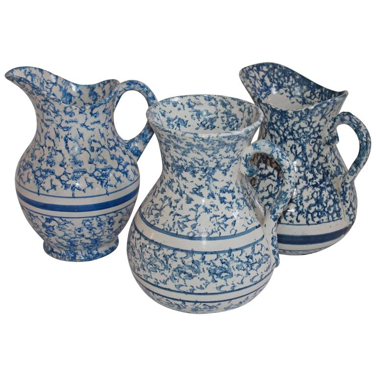 Collection of Three 19th Century Monumental Sponge Ware Water Pitchers For Sale