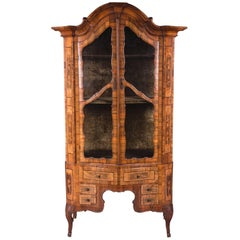 Mid-18th Century Baroque Walnut Vitrine Cabinet