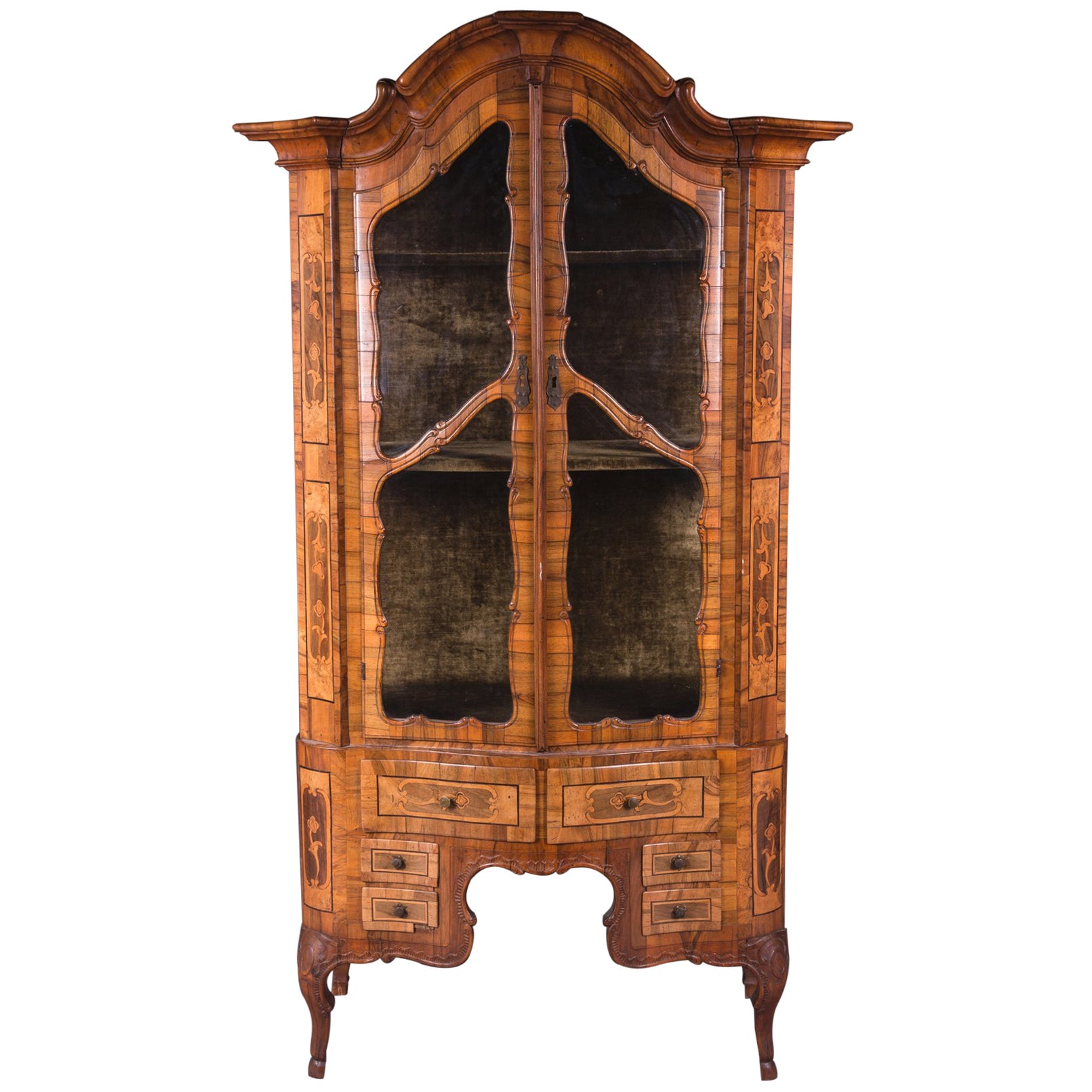 Mid-18th Century Baroque Walnut Vitrine Cabinet