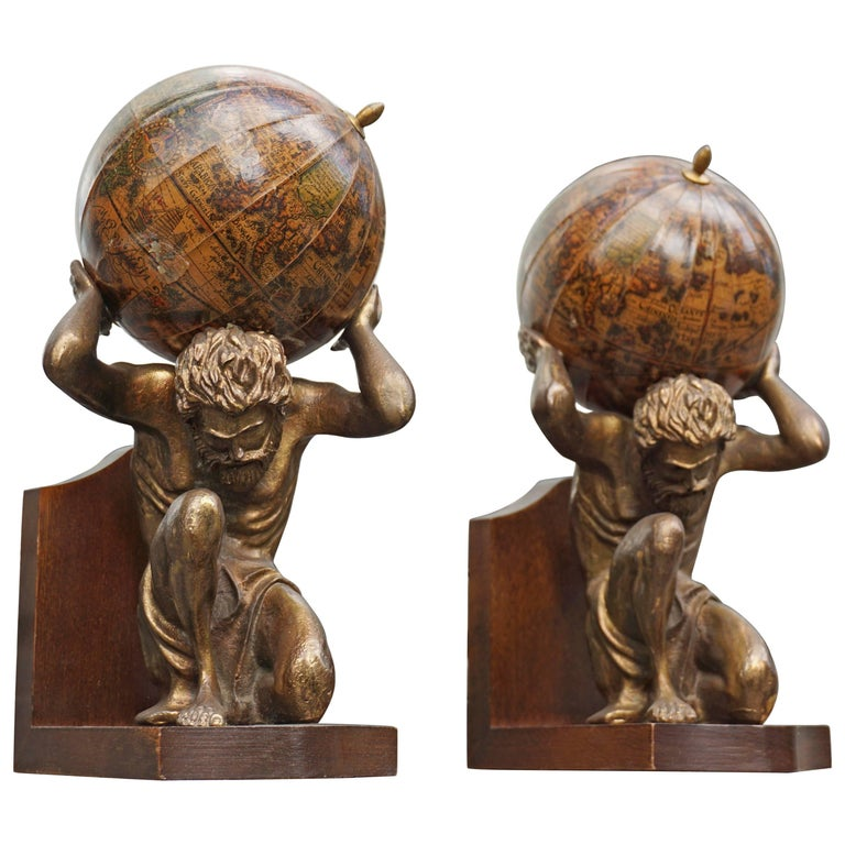 Pair of Vintage Bookends For Sale