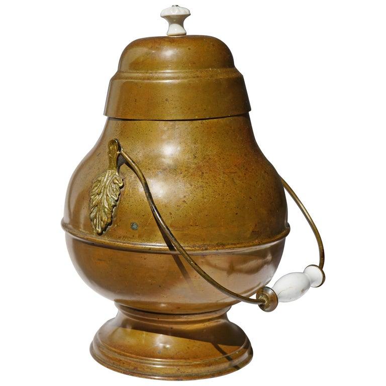 19th Century Dutch Copper Pot For Sale