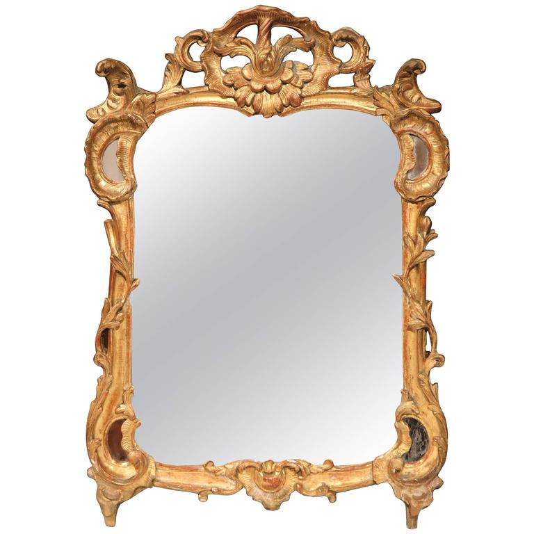 18th Century French Louis XV Carved Giltwood Mirror from Provence 1