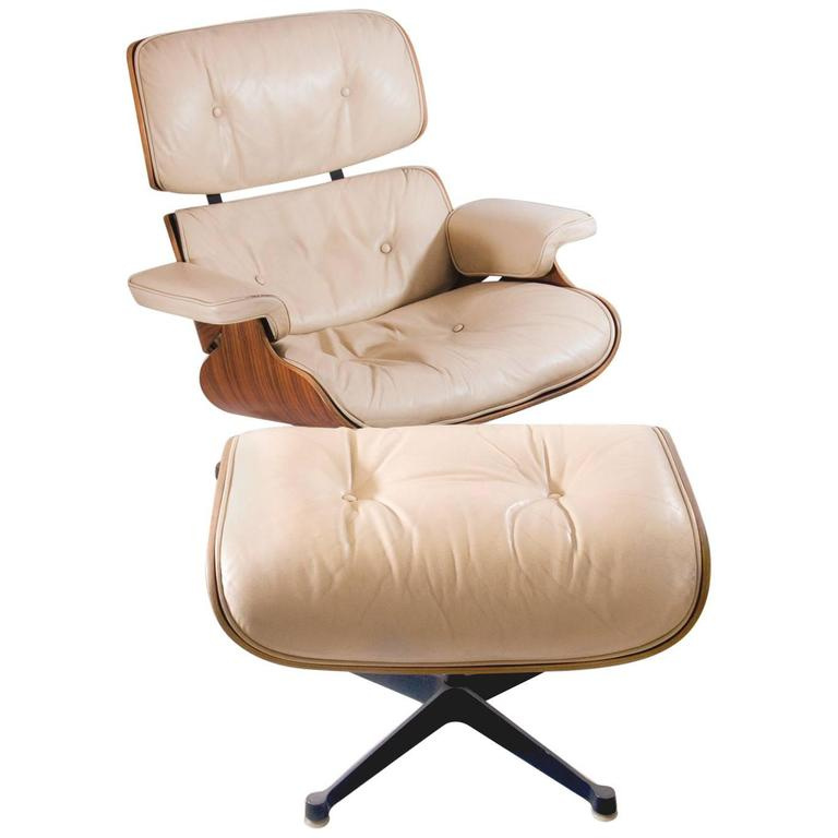Herman miller lounge chair with ottoman produced by for Mobilier international eames