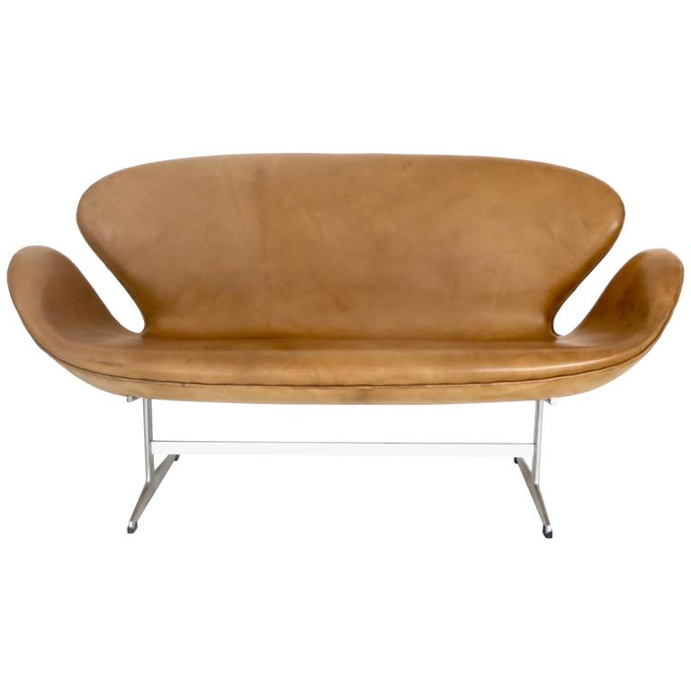 Arne Jacobsen Swan Settee or Sofa Model 3321, Denmark, 1958 1