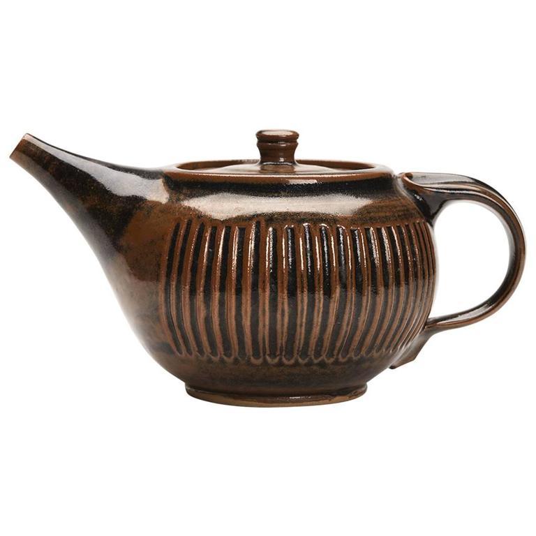 Brown Studio Teapot by Ken Halsall Light Trees Pottery, circa 1975