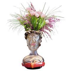 Beige Vasen und Gefäße
