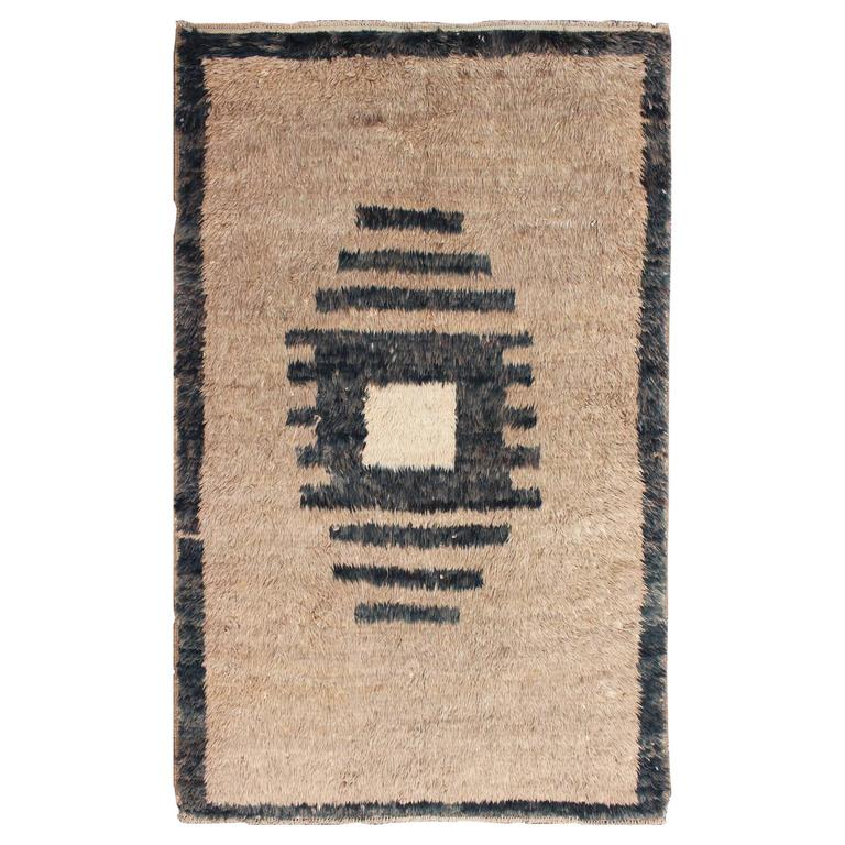 Vintage Turkish Tulu Rug with Modern Geometric Medallion in Sand and Charcoal