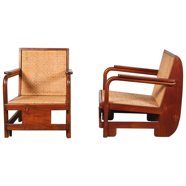 Pair of Lounge Chairs in the Manner of Ilonka Karasz For Sale