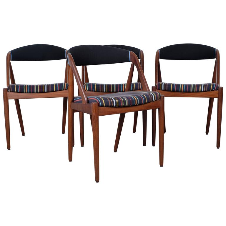 Set of Four Dining Chairs in Teak by Kai Kristiansen Model 31 For Sale  sc 1 st  1stDibs & Set of Four Dining Chairs in Teak by Kai Kristiansen Model 31 For ...