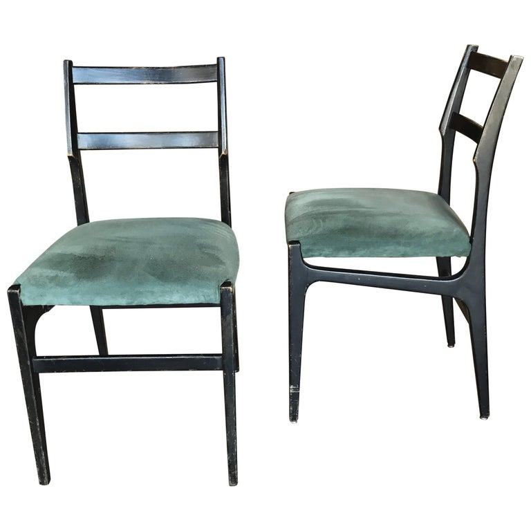 Pair of Gio Ponti Leggera Dining Chairs For Sale