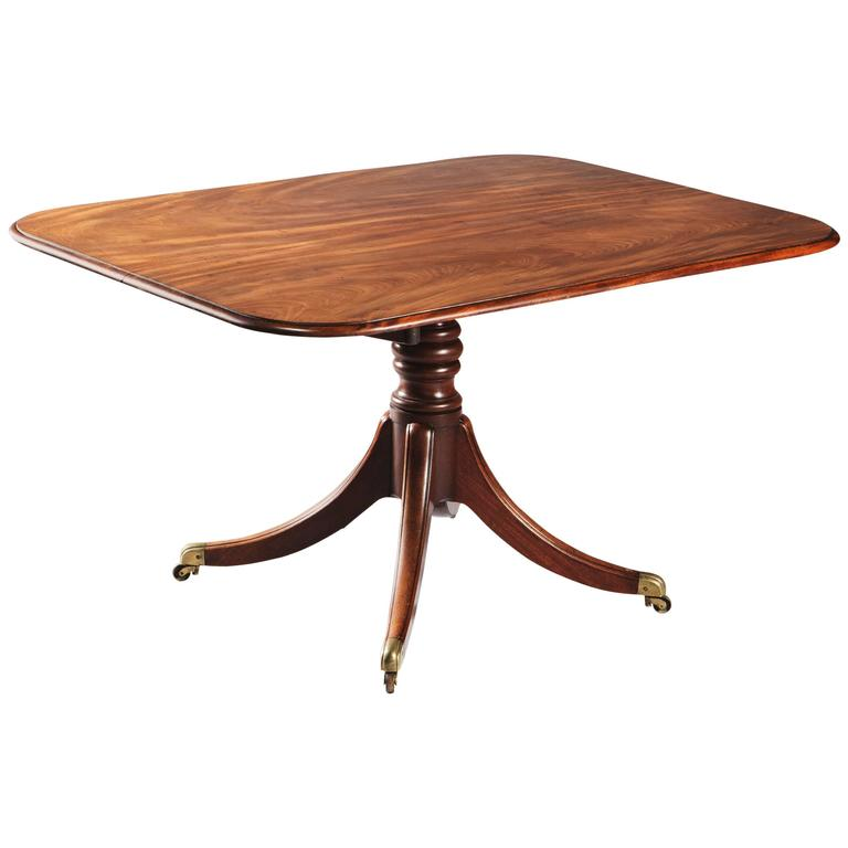 Late 18th-Century Tilt-Top Flame Mahogany Dining, Breakfast Table