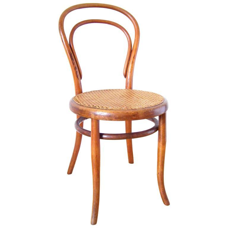 Viennese Chair Gebrüder Thonet Nr14 Circa 1870 At 1stdibs