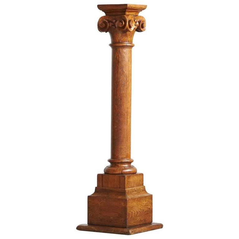 19th Century Oak Corinthian Style Column or Pedestal For Sale