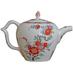 Meissen 'Saxe' Porcelain Teapot, circa 1728-1730