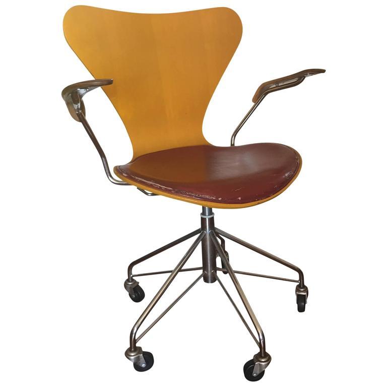 Rare Arne Jacobsen For Fritz Hansen Seires 7 Sevener Desk