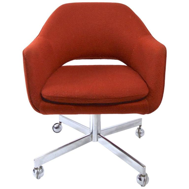 Large Set Of Swivel Office Chairs By Shelby Williams For