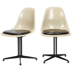 Pair of Eames Chairs S-Shell La Fonda Hermann Miller, 1960s