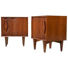 Mid-Century Albert Parvin Style Sculptural Diamond Pull Walnut Nightstands
