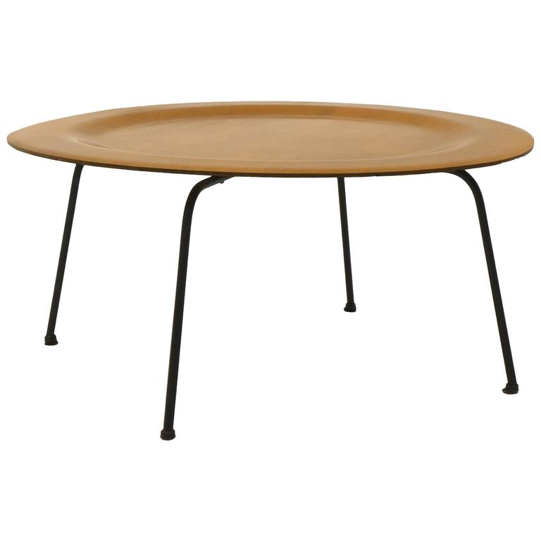 Early Second Generation Eames Ctm Coffee Table Metal Legs Expertly