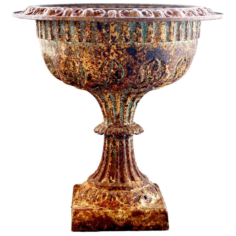 19th Century Cast Iron Urn with Leaf and Groove Design For Sale