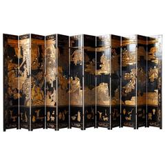 Early 20th Century Chinese Lacquered 12-Panel Coromandel Screen